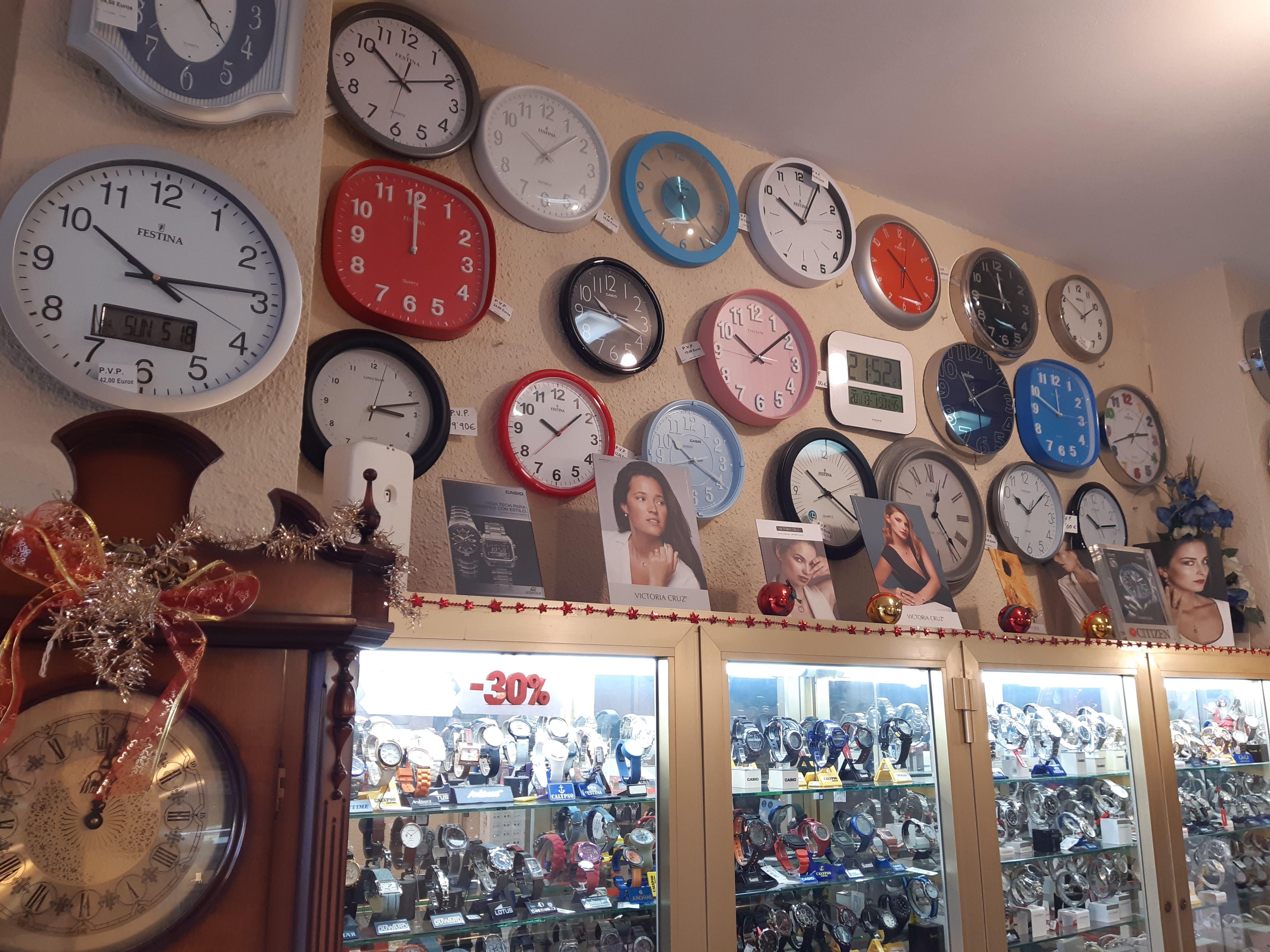 Foto 22 de Relojería en Valencia | Relojería Santiago