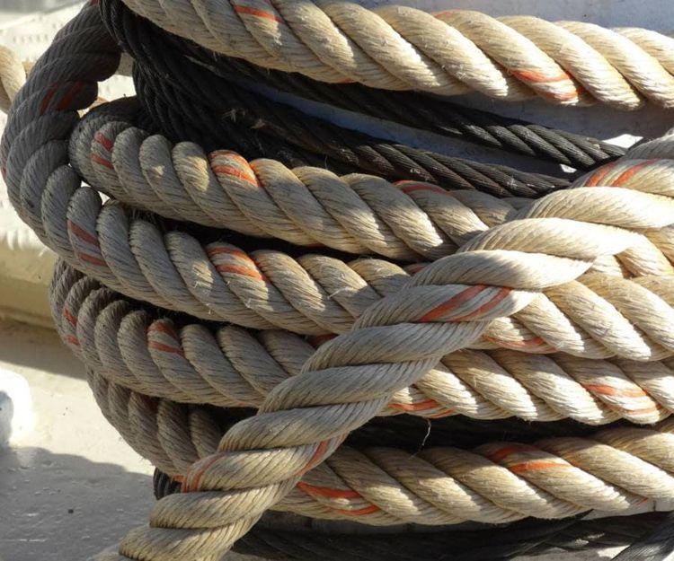 Venta de efectos navales en Vigo