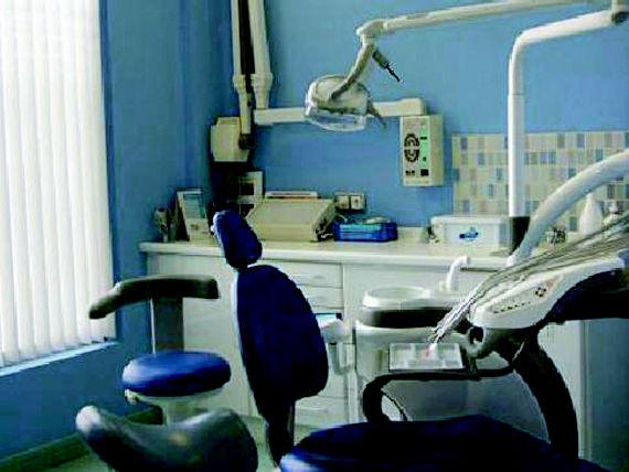 Foto 5 de Dentistas en Sopelana | Clínica Dental Moreaga - Dra. Daniele
