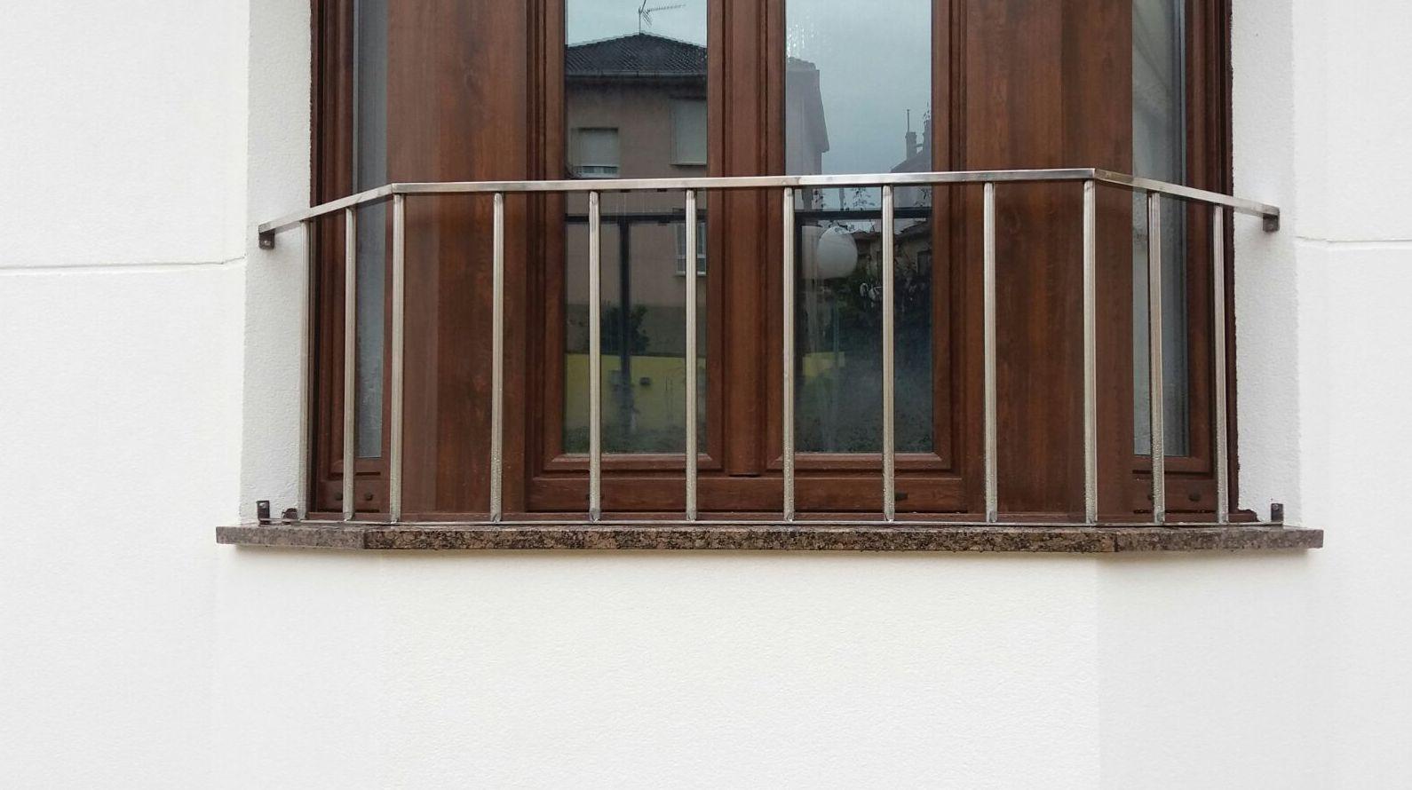 Barandilla de acero inoxidable : TRABAJOS de Carpintería Metálica Hialupin