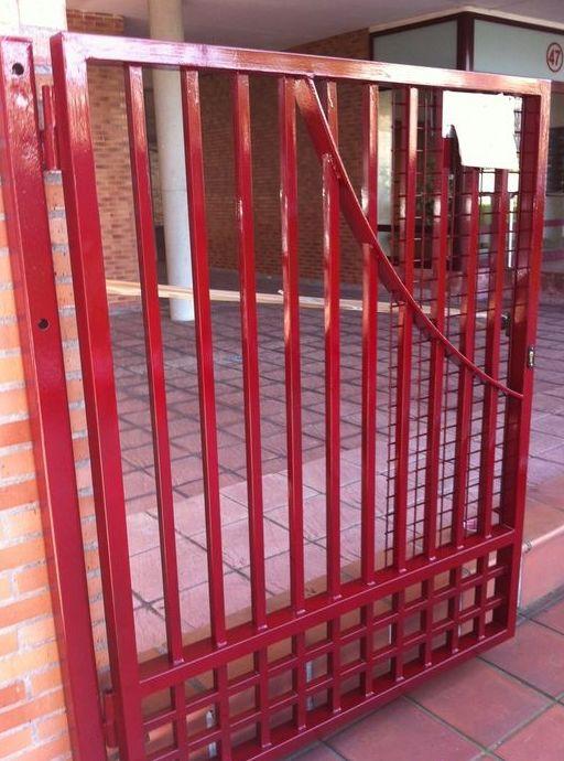 Portón de hierro para urbanización