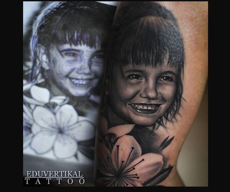 Tatuaje de retrato de niña