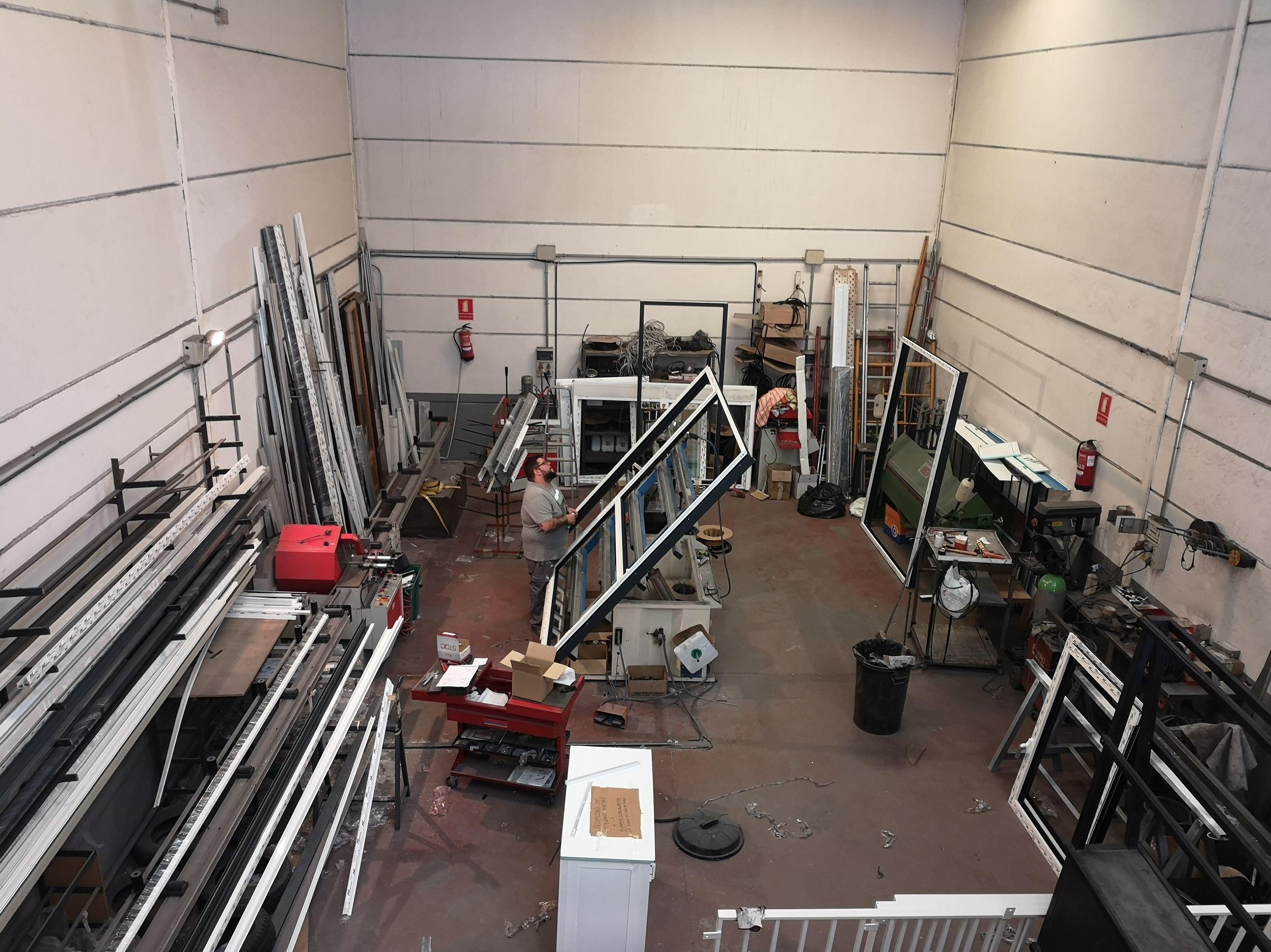 Foto 2 de Carpintería de aluminio en Moraleja de Enmedio | Cerrajería Vefergal