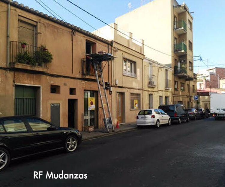 Mudanzas y tramitación de permisos en Barcelona