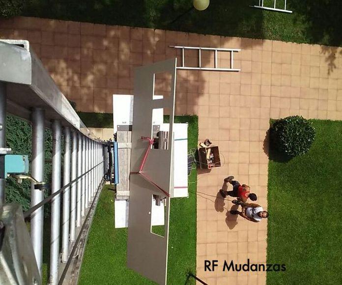 Plataformas elevadoras de mudanzas: Productos  de RF Mudanzas