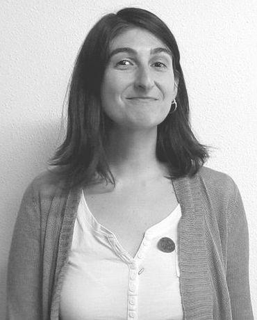 Laura Manero. Traductora de catalán a castellano y viceversa.