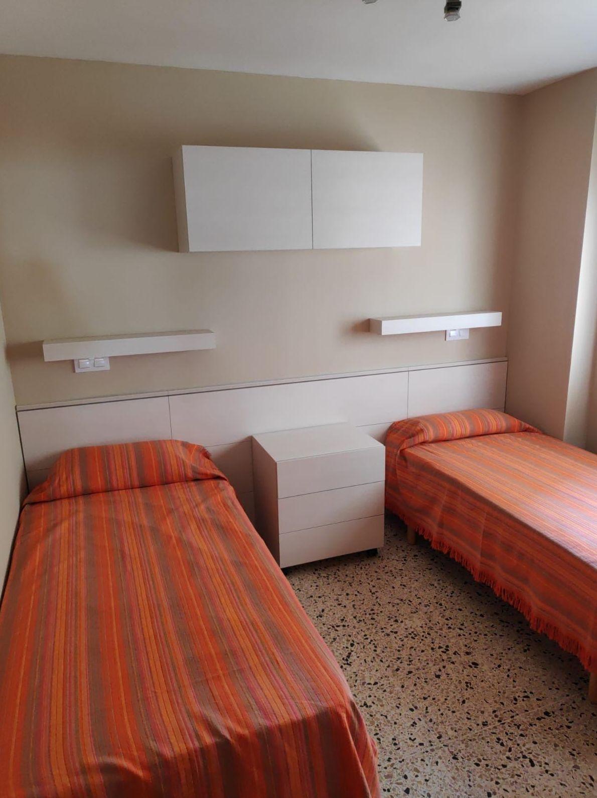 Muebles para dormitorio en Calafell
