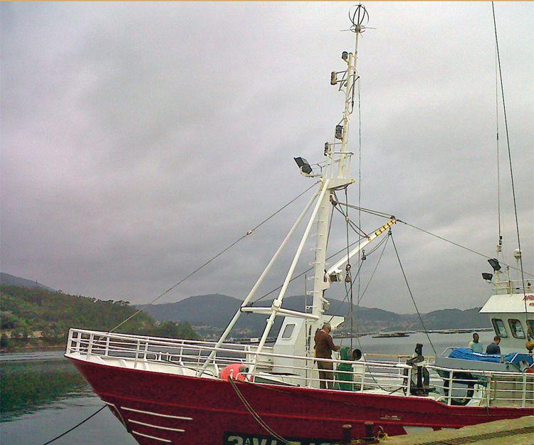 Barco de pesca Noboeiro