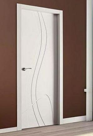 Puerta lacada en blanco Mod. 991