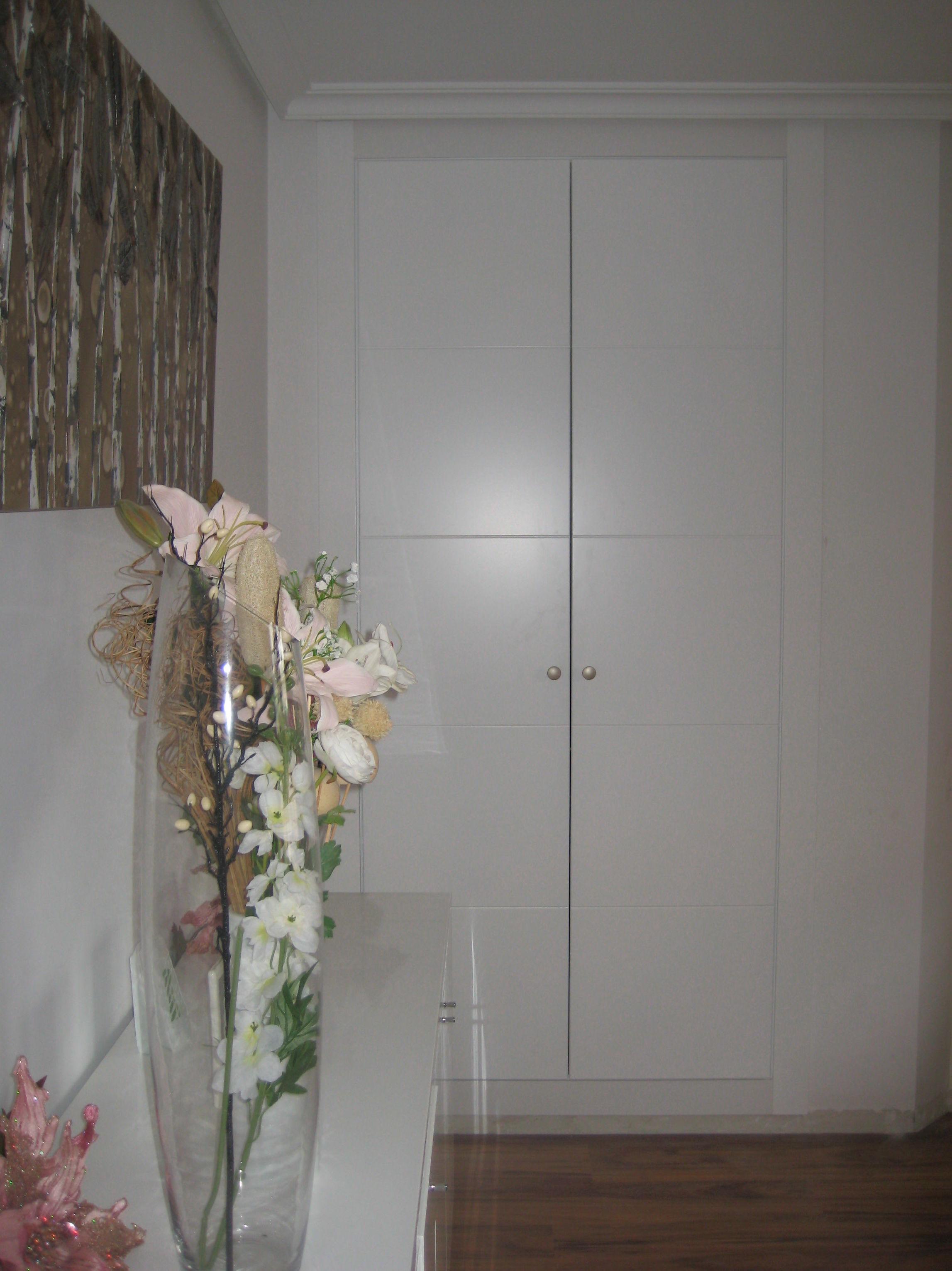 Frente de armario lacado en blanco mod. 9005