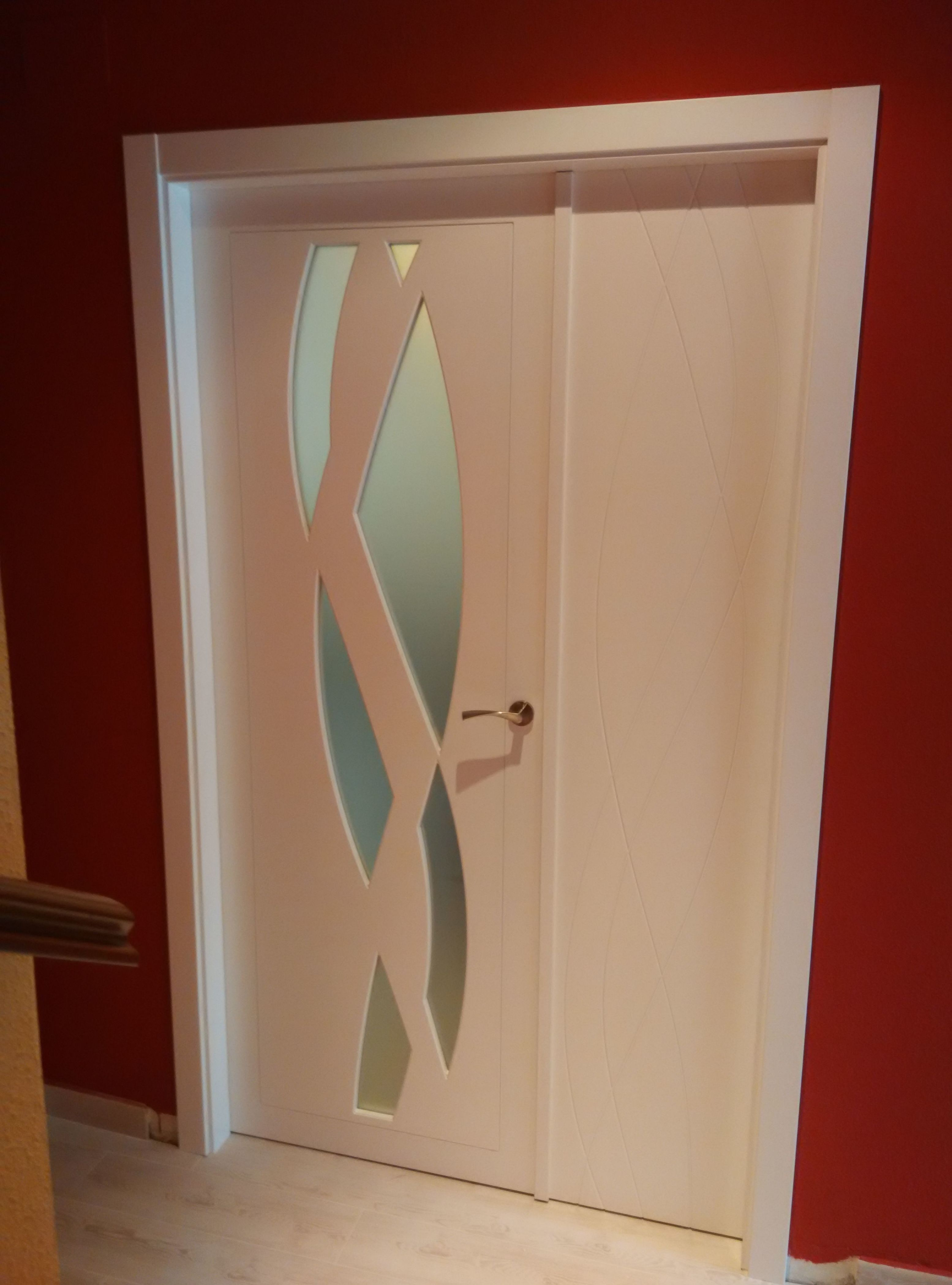Puerta doble de salón lacada en blanco mod. 988VH