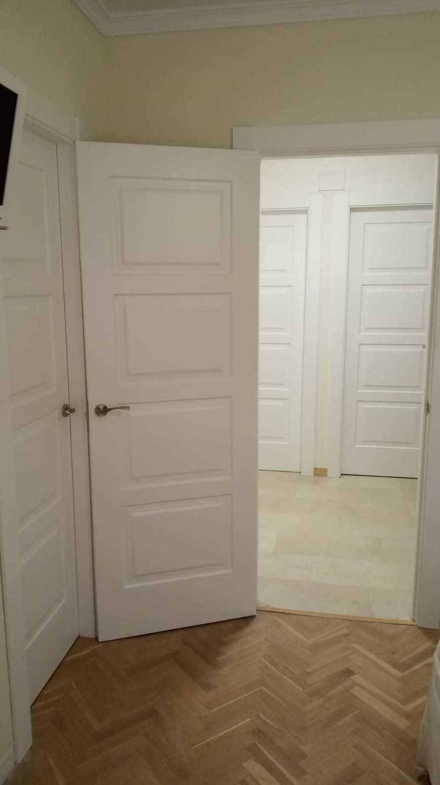Puertas lacadas instaladas: Catálogo de productos   de Carpintería Jano