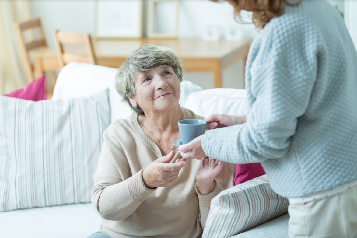 Cuidado de ancianos a domicilio Retiro Madrid