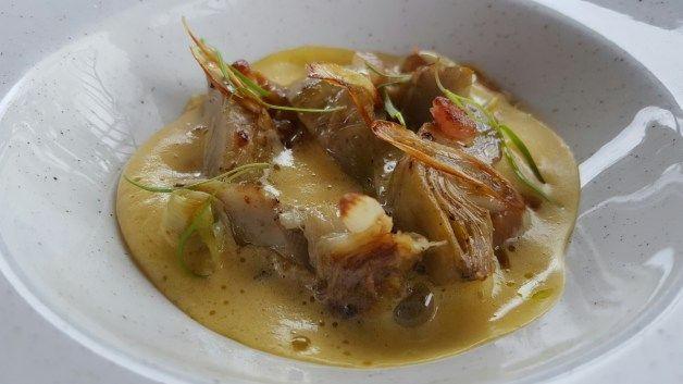 Alcachofas, yema de huevo y sopa castellana: Menus degustación  of Restaurante Dámaso