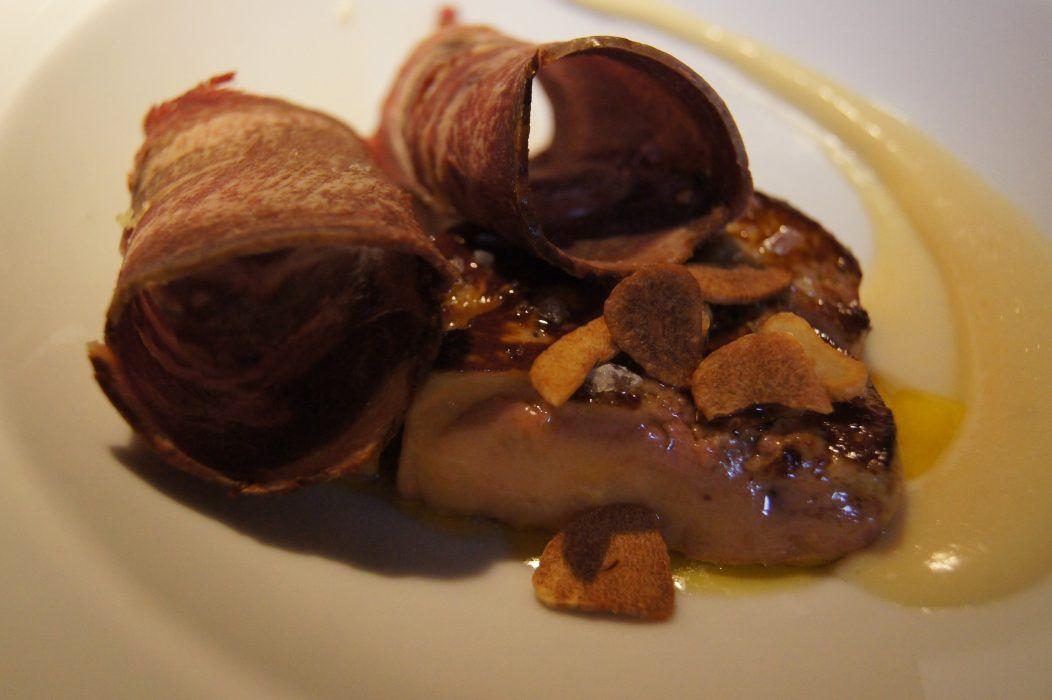 Crema de ajoarriero, foie fresco a la plancha y lengua de vaca ahumada: Nuestros platos de Restaurante Dámaso