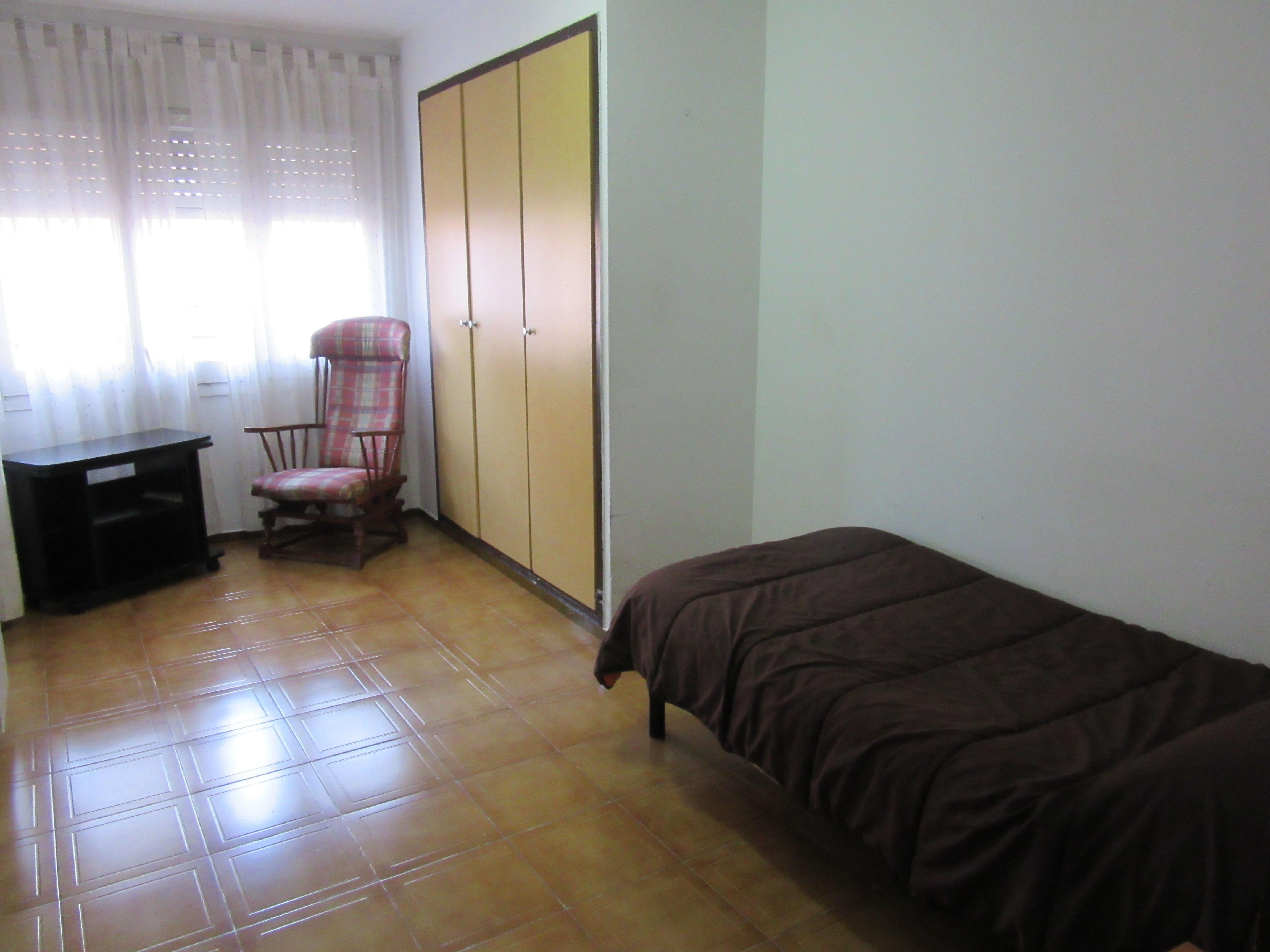 Habitación individual con todas las comodidades