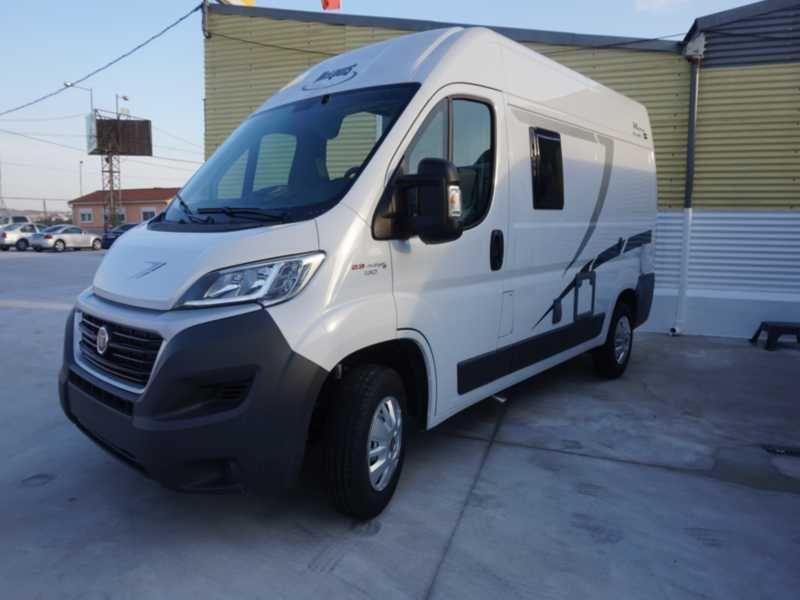 MC Louis Menfys Van 1 S Lin: Productos y servicios de Caravanas Murcia