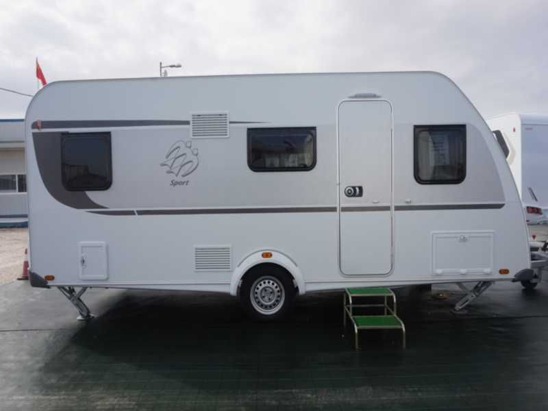 Knaus Sport 500 KD: Productos y servicios de Caravanas Murcia