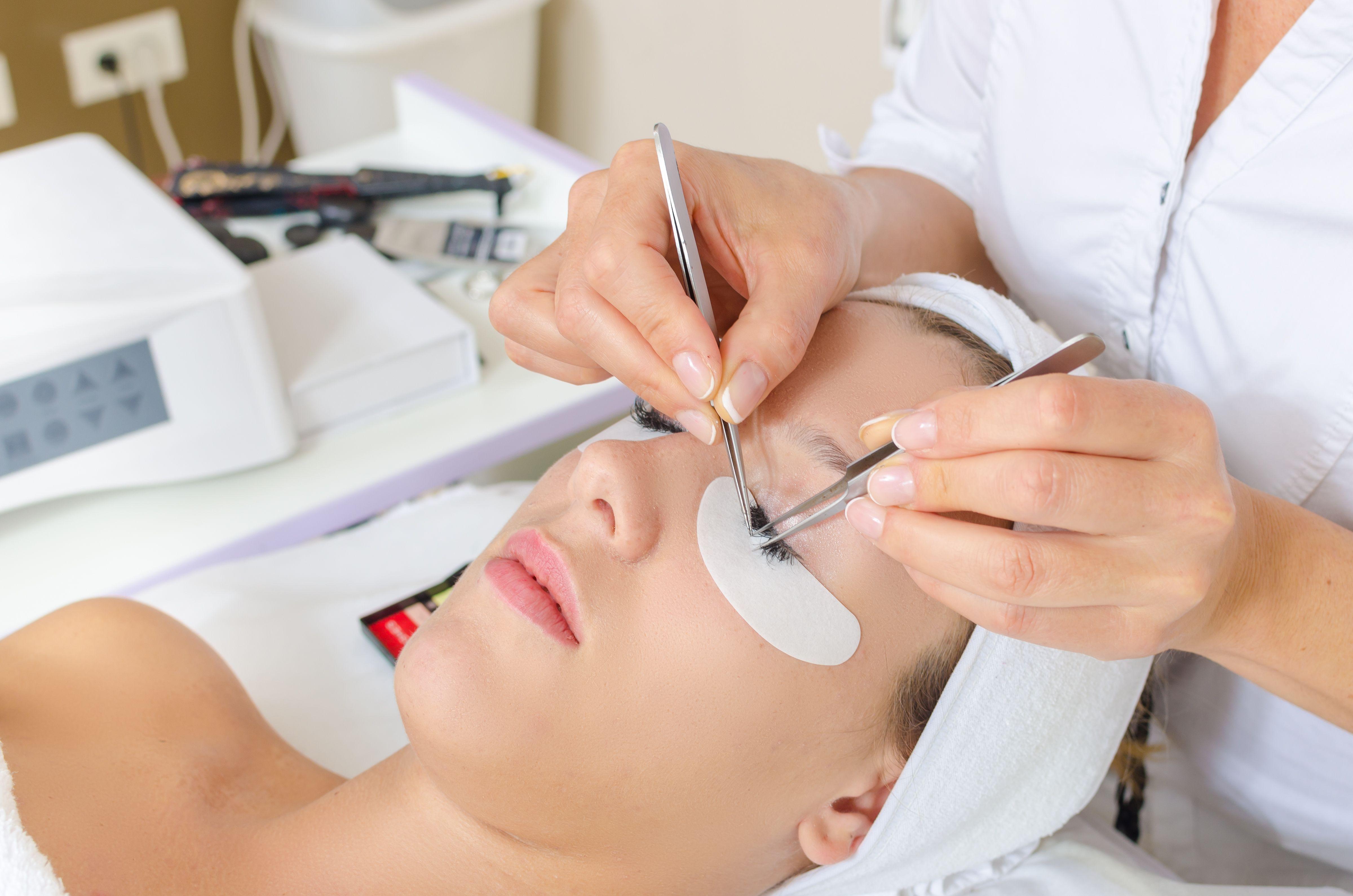 Extensiones de pestañas: Servicios de Sayda Roca Hair Concept
