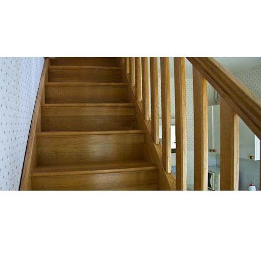 Escaleras y barandillas: Servicios de Cocinas y Carpintería Pons