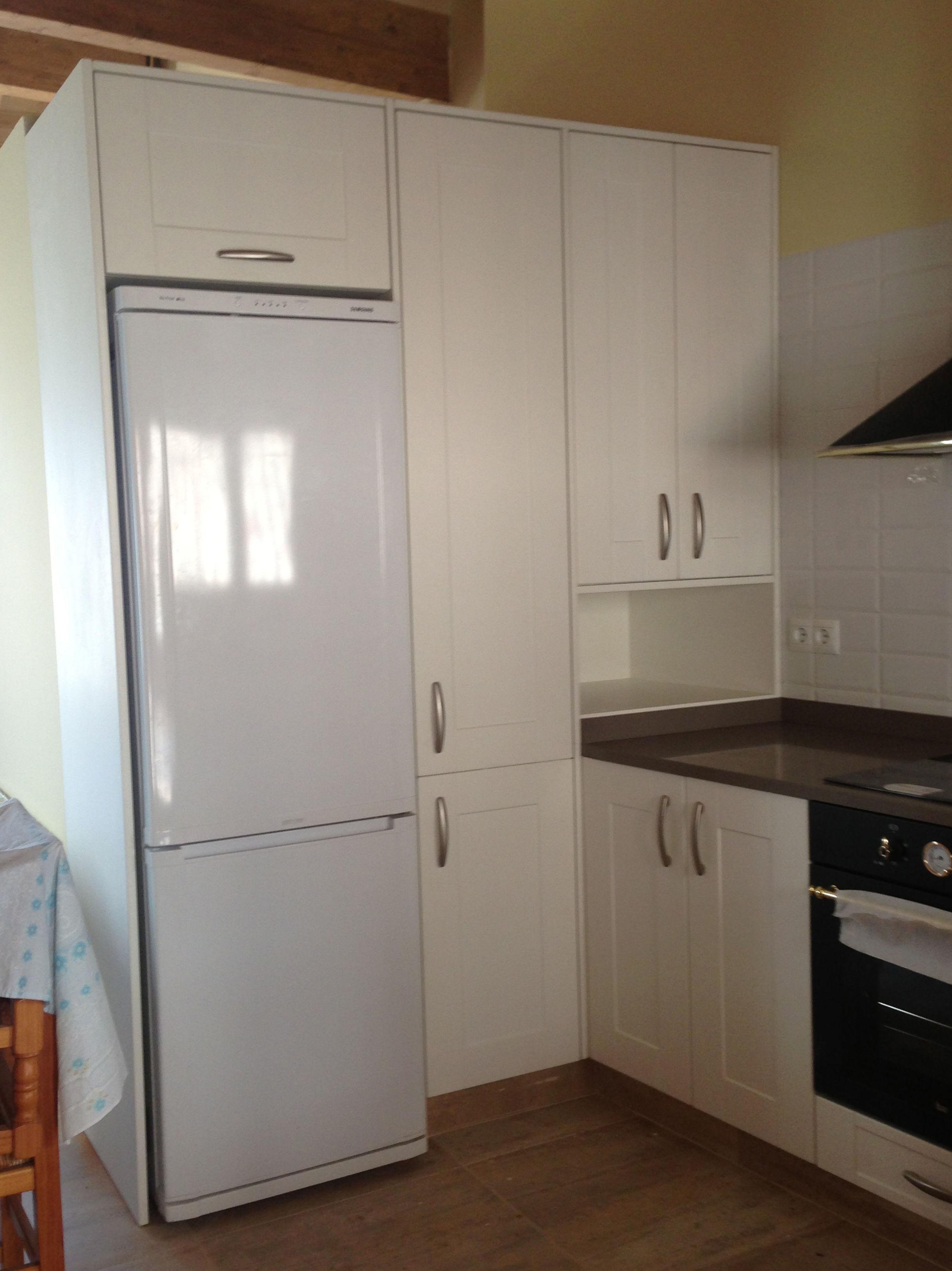Muebles de cocina blancos para su vivienda