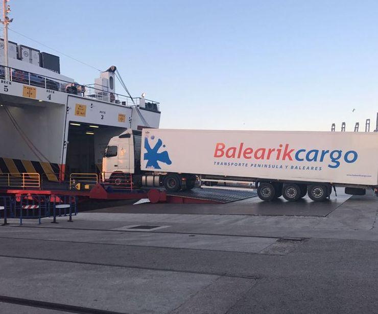 Recogidas y entregas: Servicios especializados de Balearikcargo