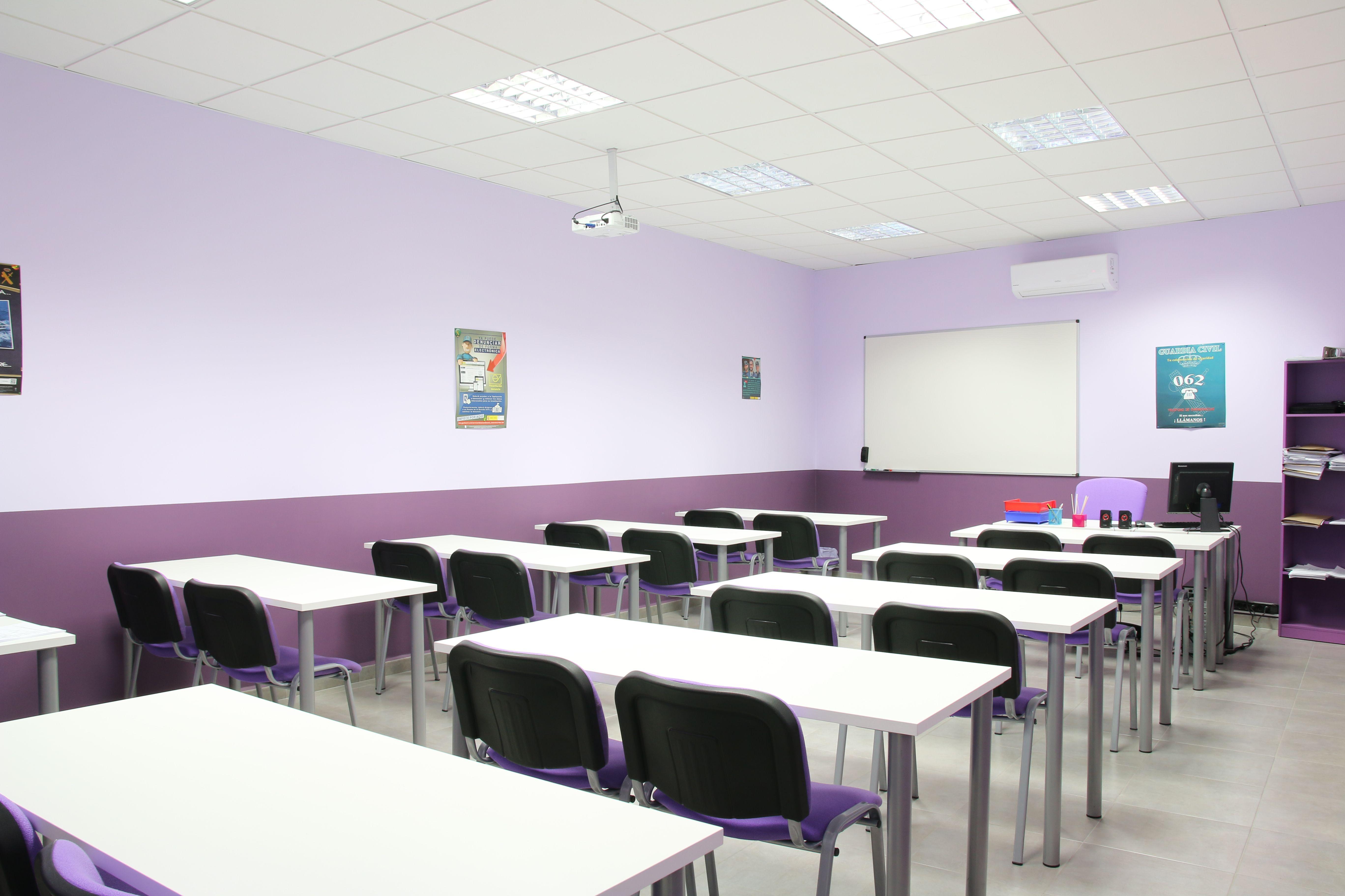 Impartimos cursos relacionados con la Prevención de Riesgos Laborales