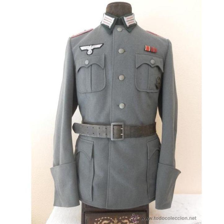 Alemania. II Guerra Mundial. Chaqueta de oficial: Catálogo de Antiga Compra-Venta