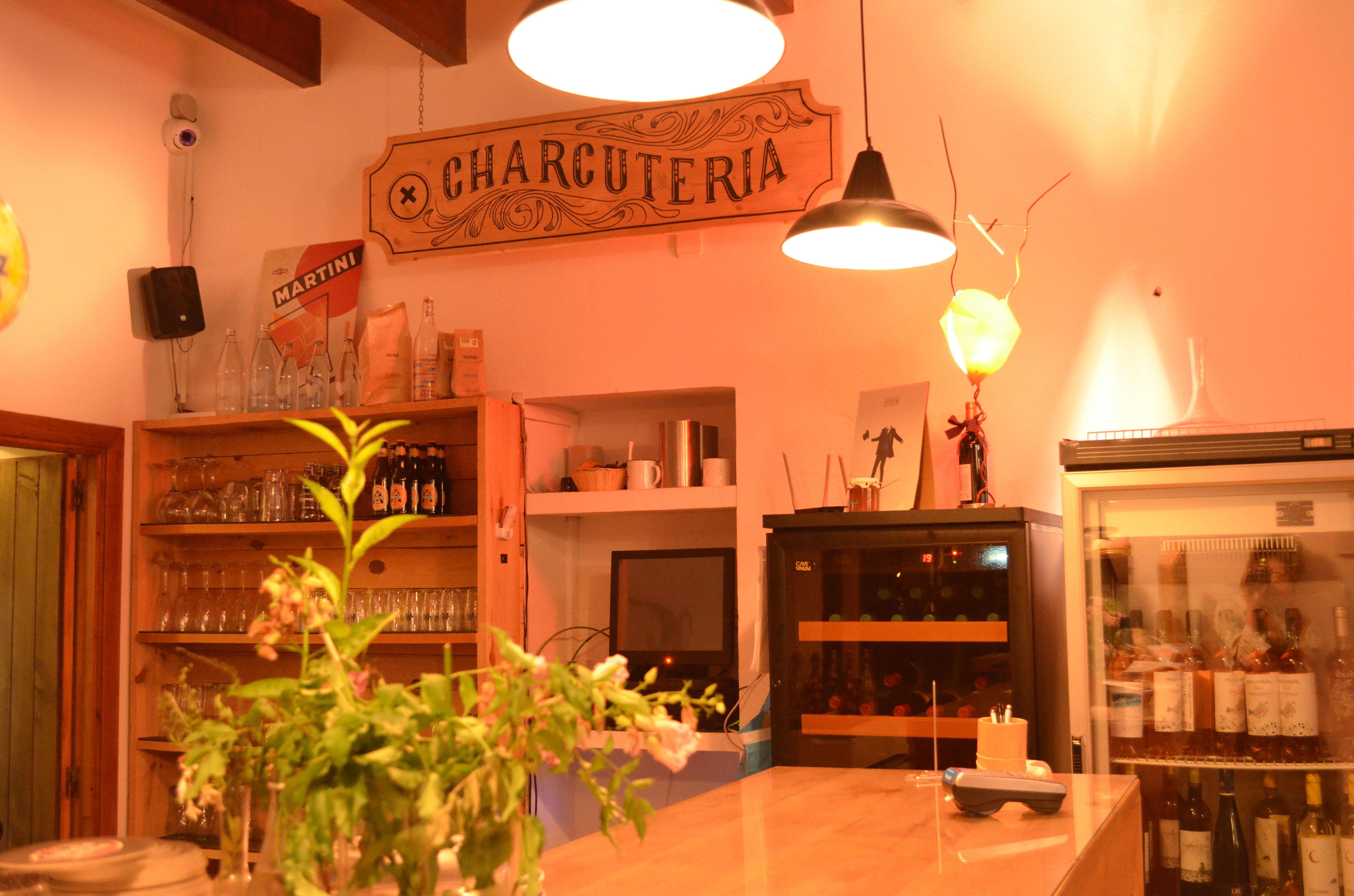 Foto 16 de Cocina mediterránea en Santa Eulària des Riu | Restaurante Parrilla con huerto propio (ESTAMOS CERRADOS HASTA EL 01/04/2019)