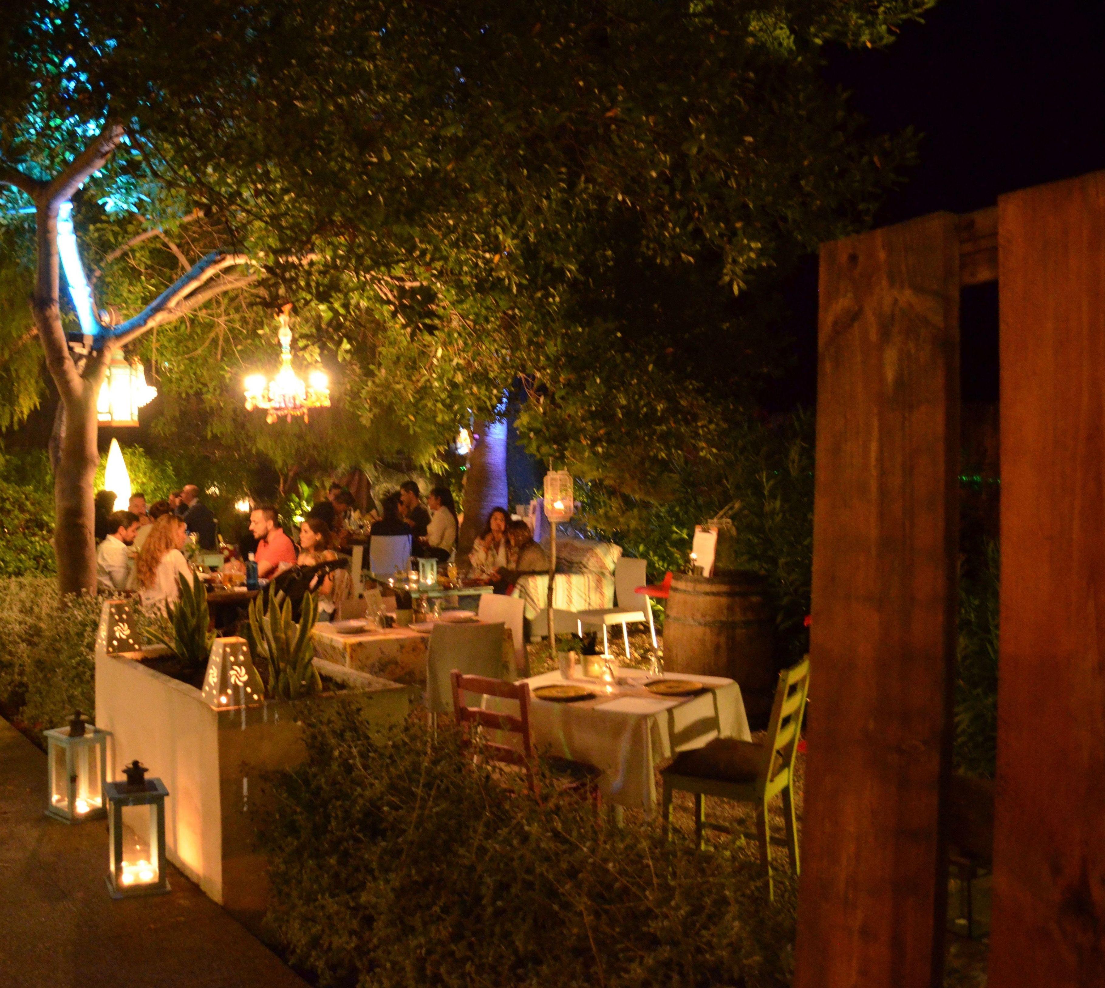 ¿Quienes Somos?: Carta-Reservas-Eventos de Restaurante Parrilla con huerto propio