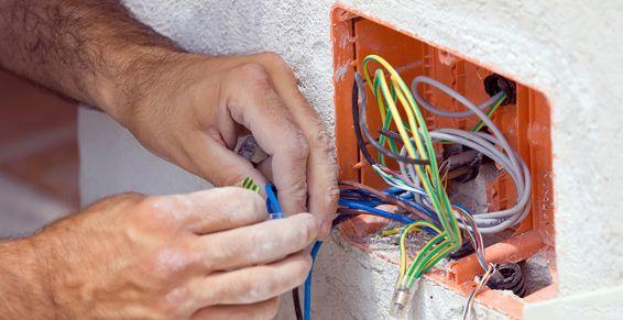 Electricidad: Servicios de Electricidad Miranda