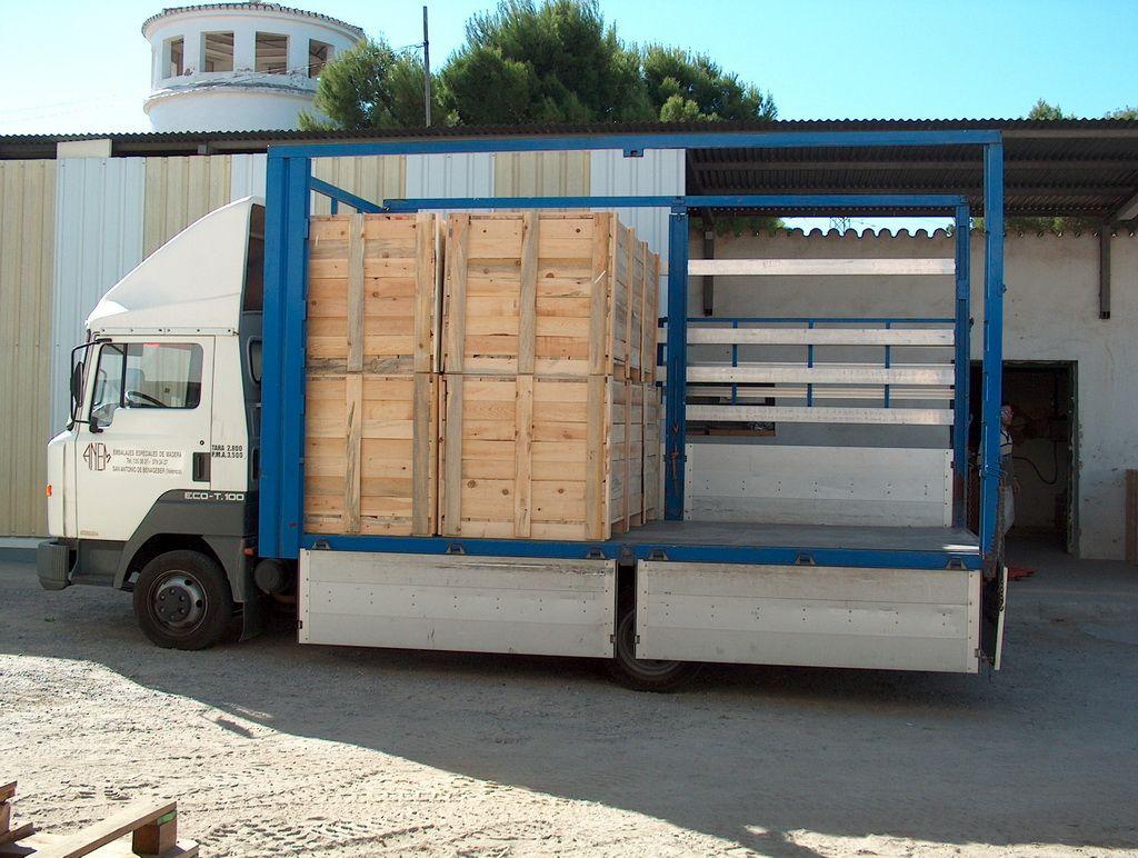 Foto 5 de Cajas de madera en San Antonio de Benagéber | Envases y Embalajes Anem
