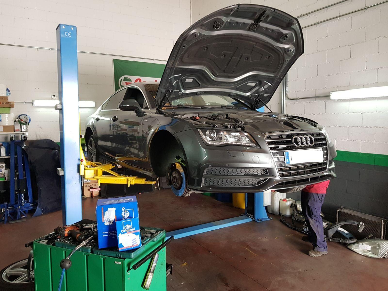 Cambio de aceite: Servicios de GT-R Motor