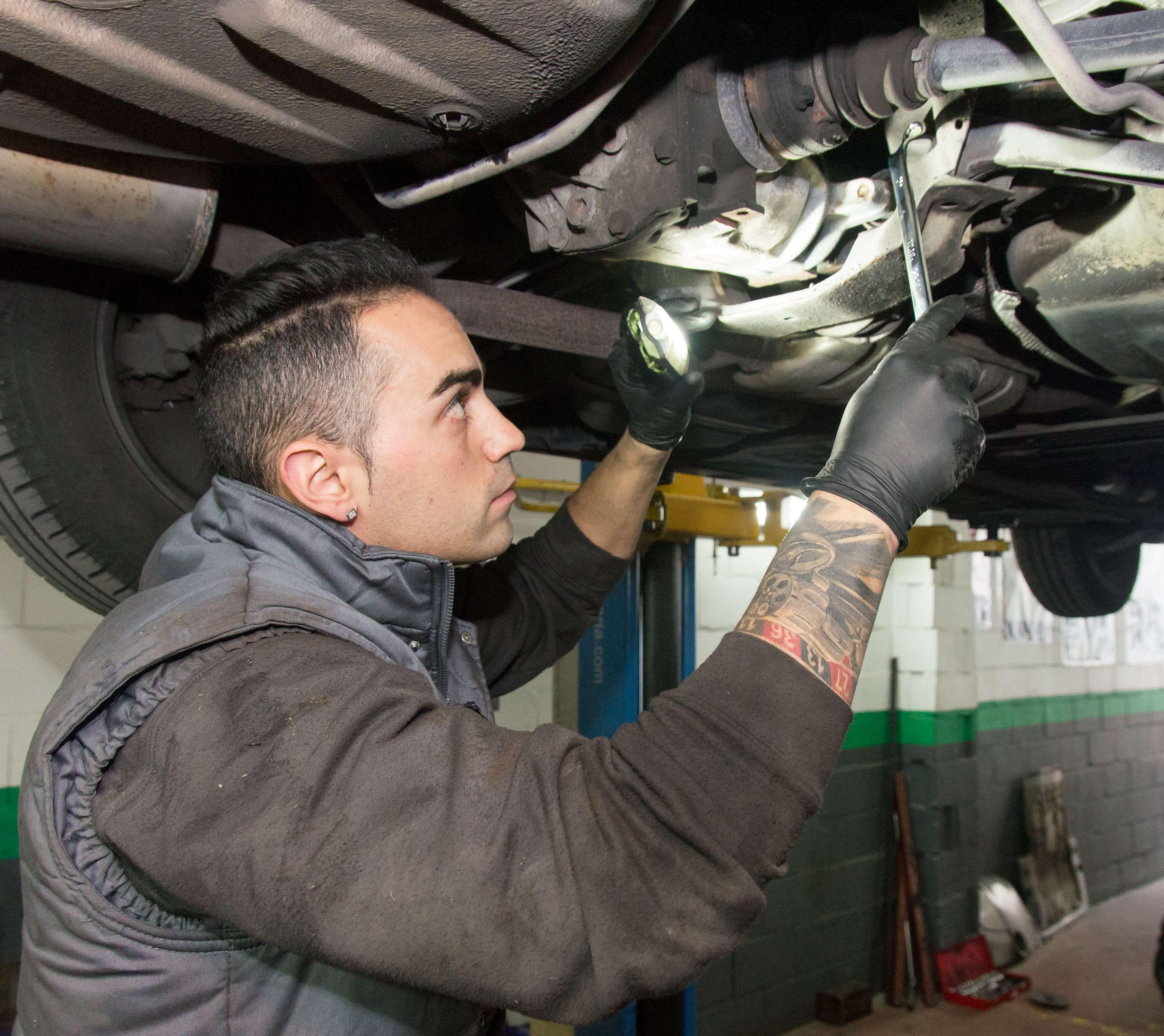 Mantenimiento mecánico para tu vehículo en Parla