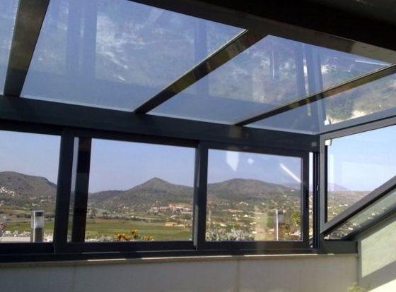 Aislamiento de terrazas y cerramientos: Servicios de Vértice Reformas e Interiorismo