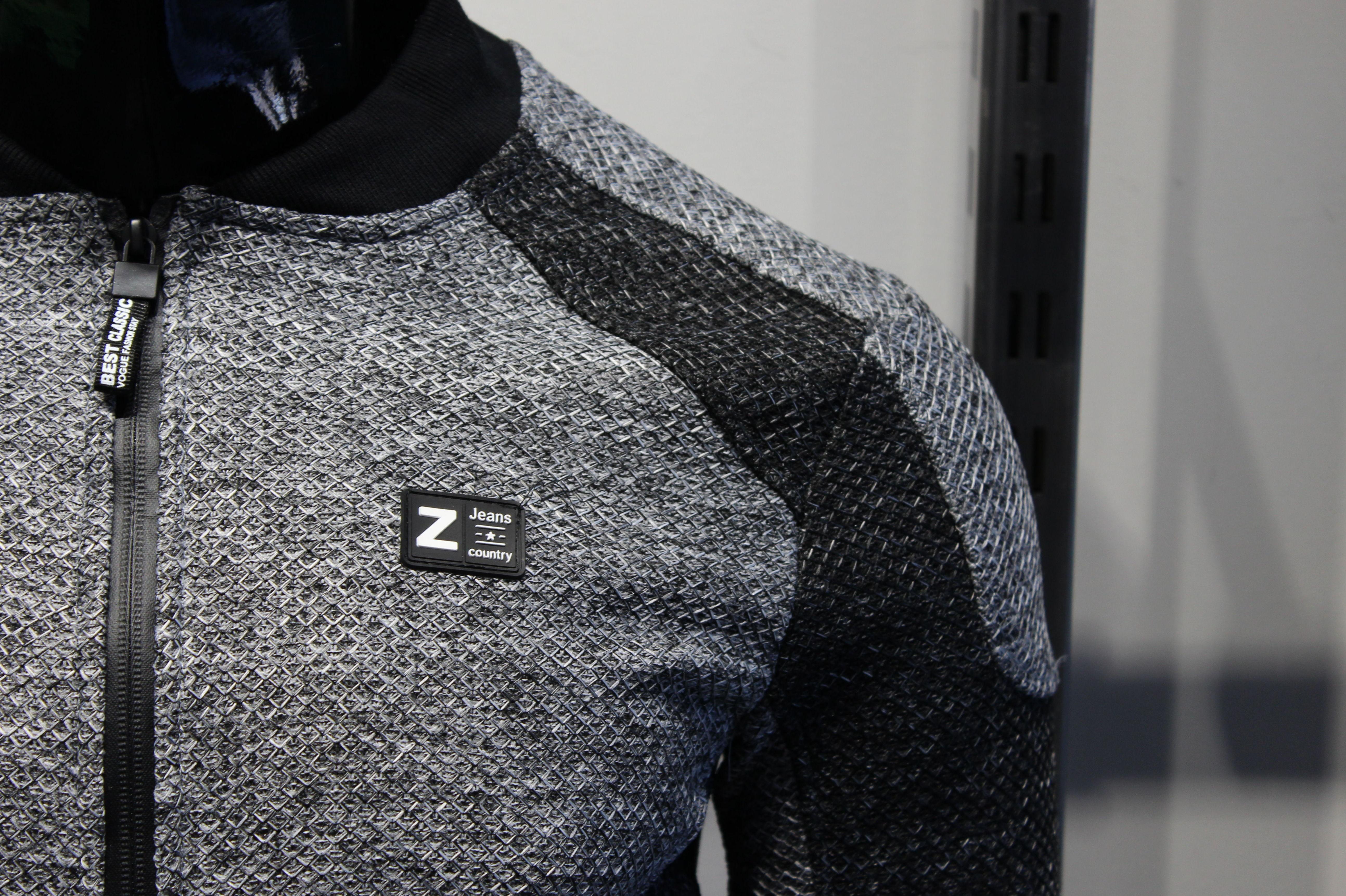Foto 21 de Venta al por mayor de ropa para hombre en Fuenlabrada | War Wolf