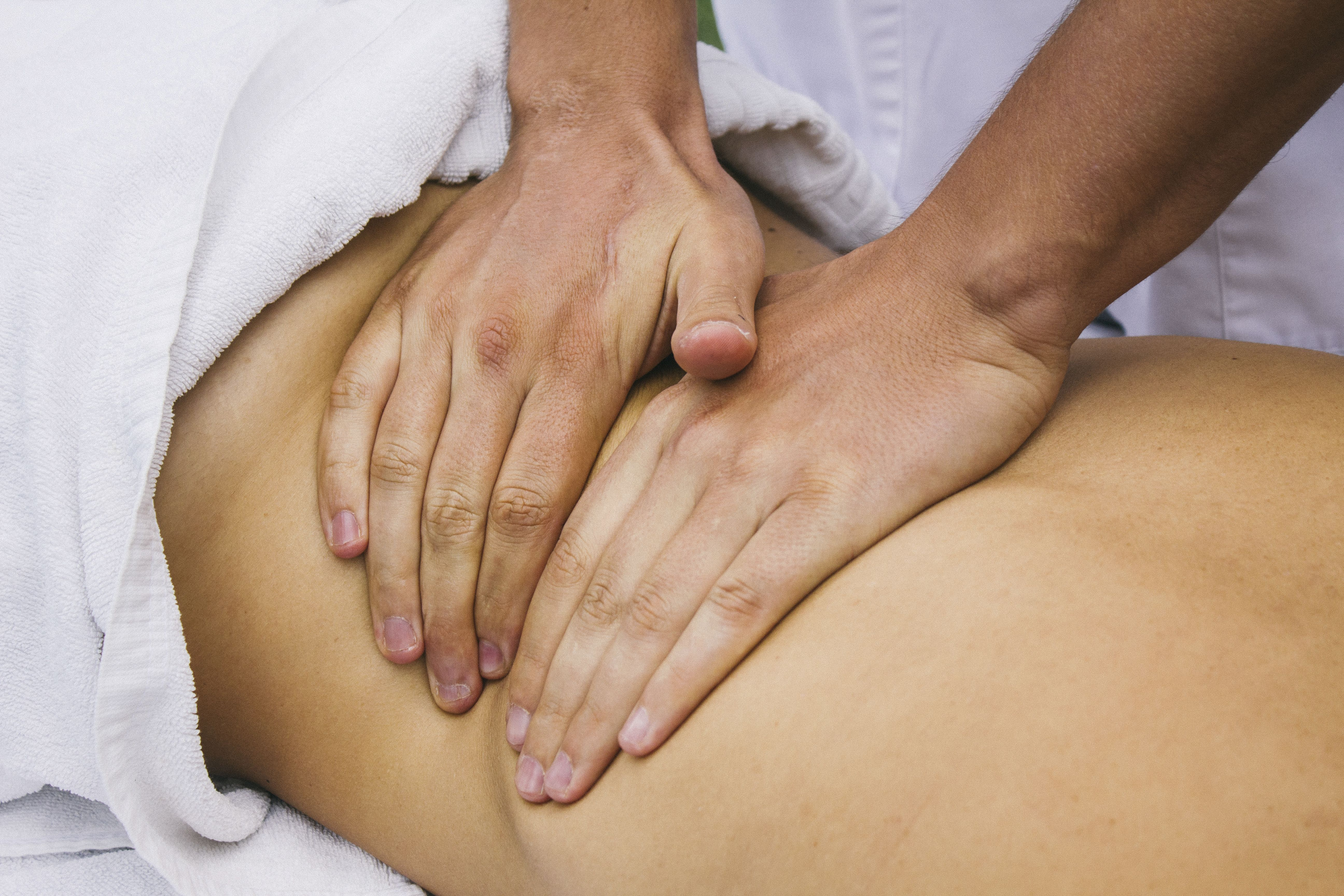 Técnicas de masaje: Servicios de Valkiryas