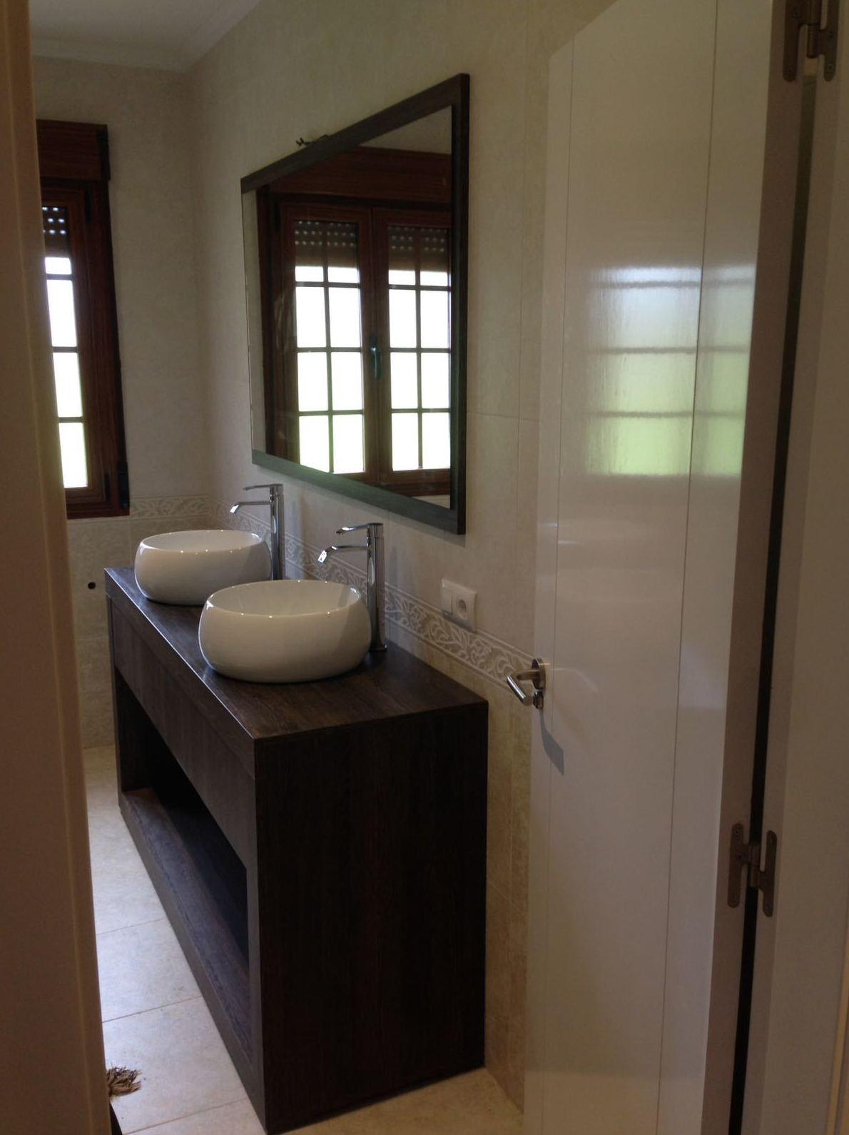 Muebles para baño, cuéntanos tu idea: fabricamos a medida