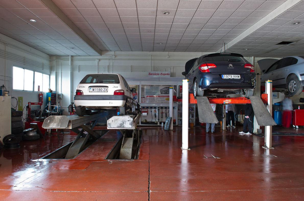 Servicio reparación de mecánica rápida: Servicios de Talleres C.R. La Unión