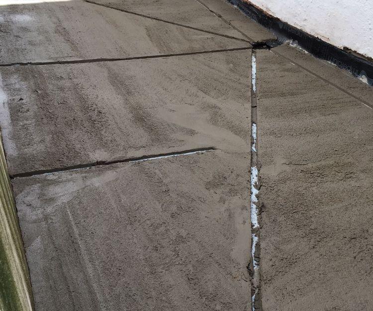 Trabajos de impermeabilización de suelos