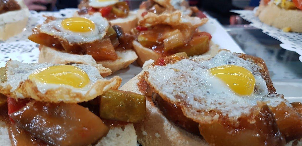 Picture 27 of Cafeterías in Ceuta | La Columna