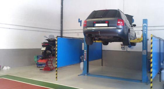 Alquiler de box para que tu mismo puedas reparar tu vehículo c