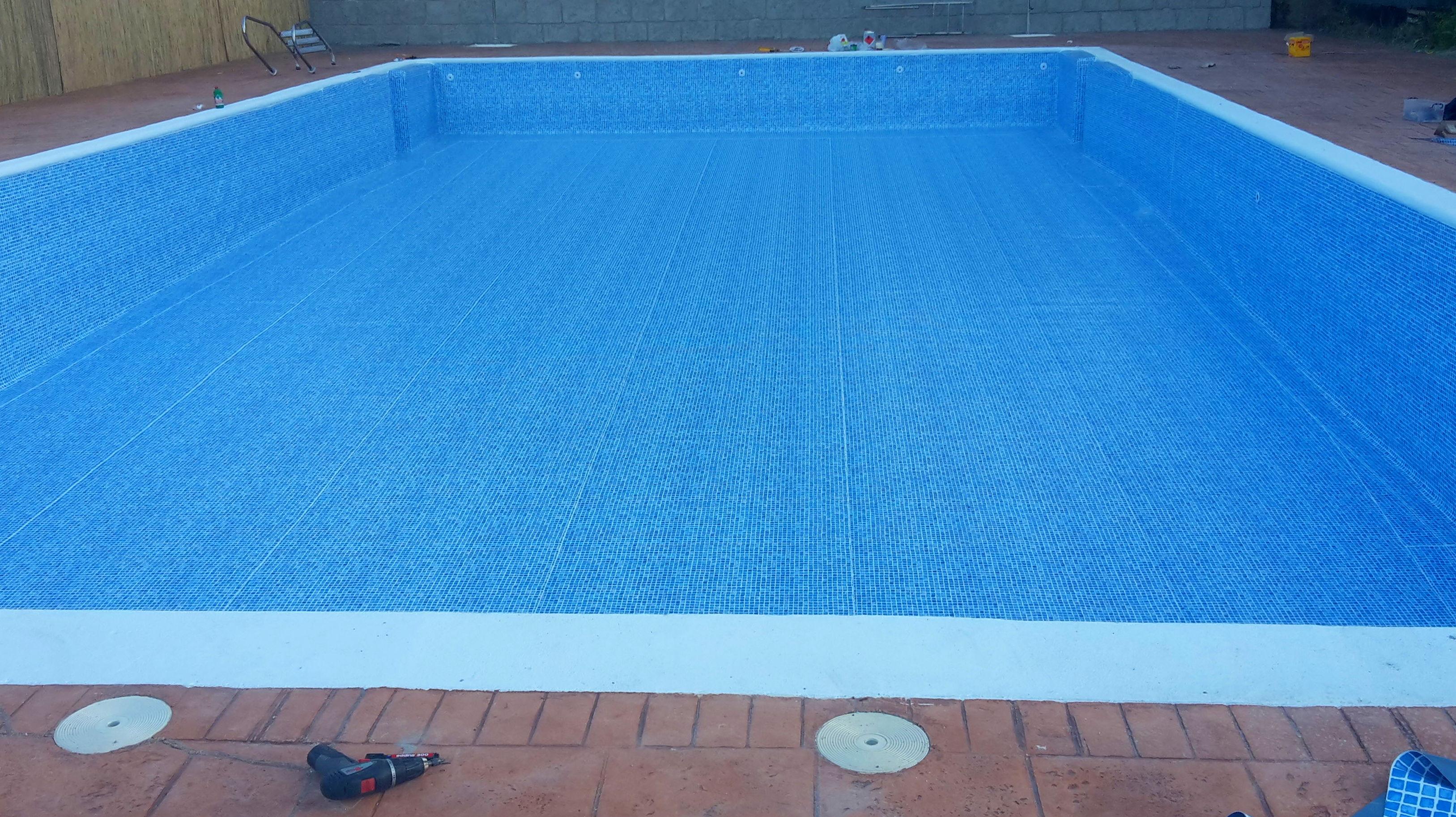 Gresite precio metro cuadrado com anuncios de gresite for Colocar gresite piscina
