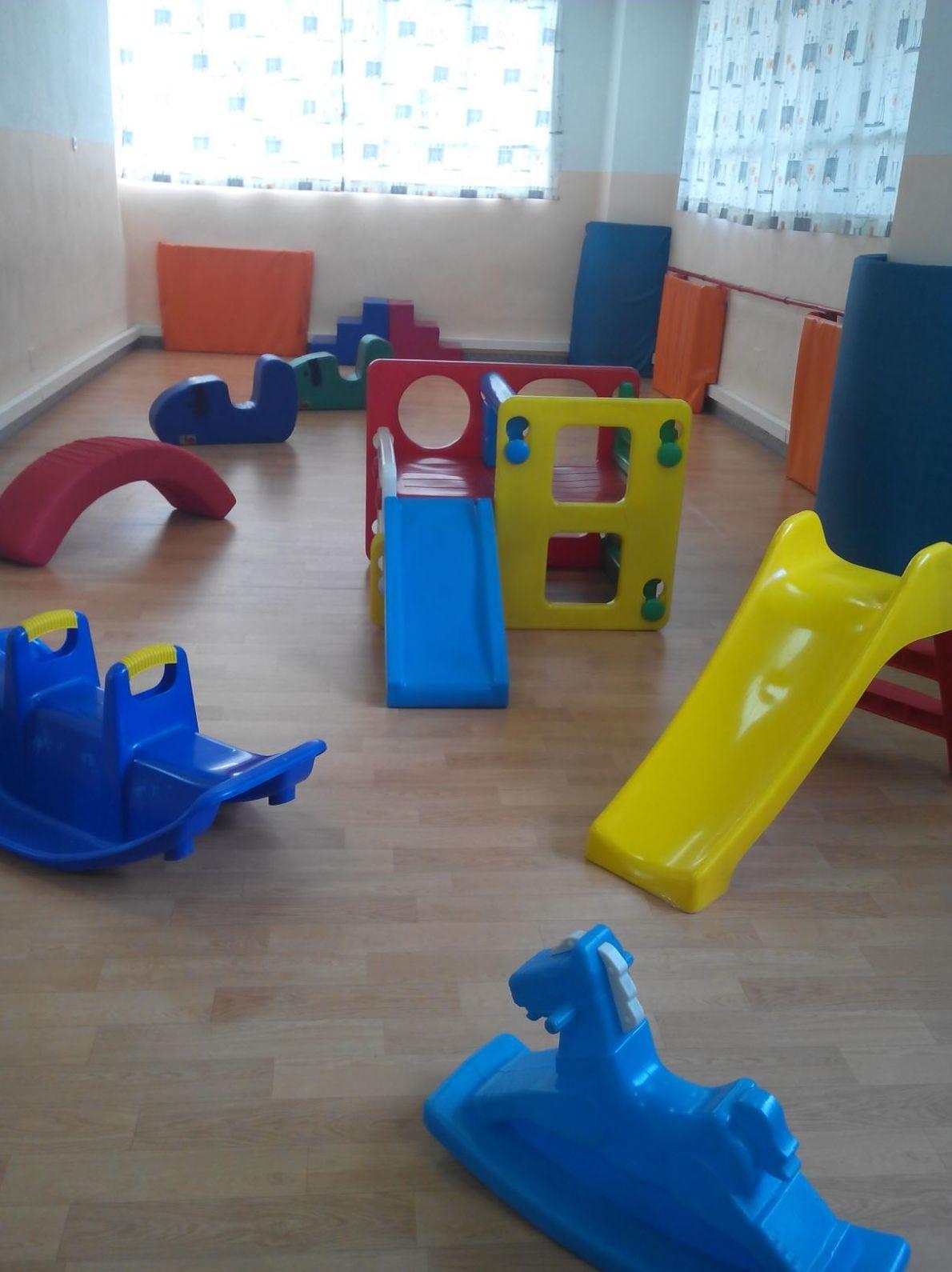 Foto 8 de Guarderías y Escuelas infantiles en Madrid | Santa Mónica - Garabatos