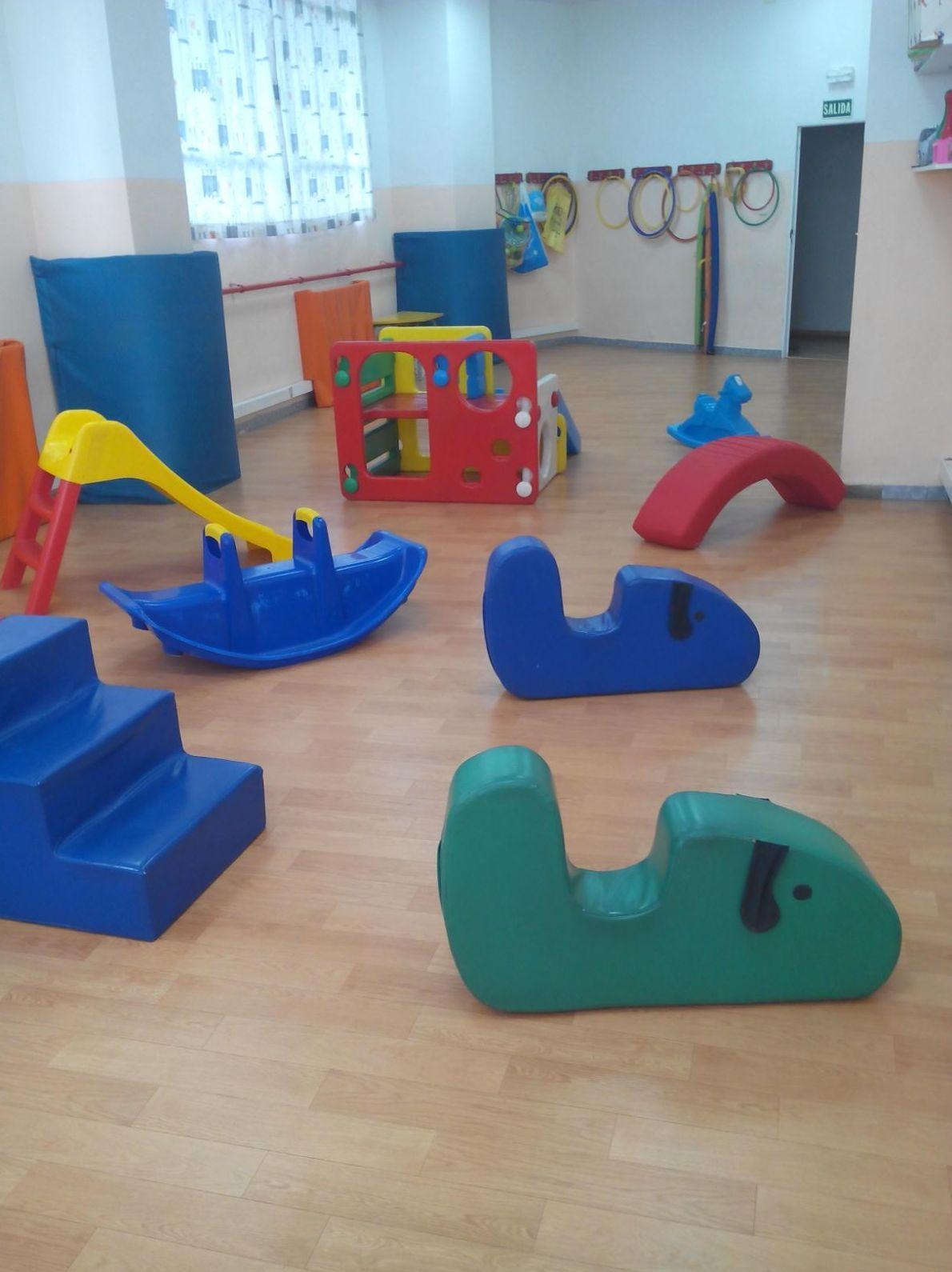 Foto 11 de Guarderías y Escuelas infantiles en Madrid | Santa Mónica - Garabatos