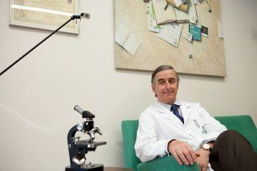 Dr. Javier Bassas