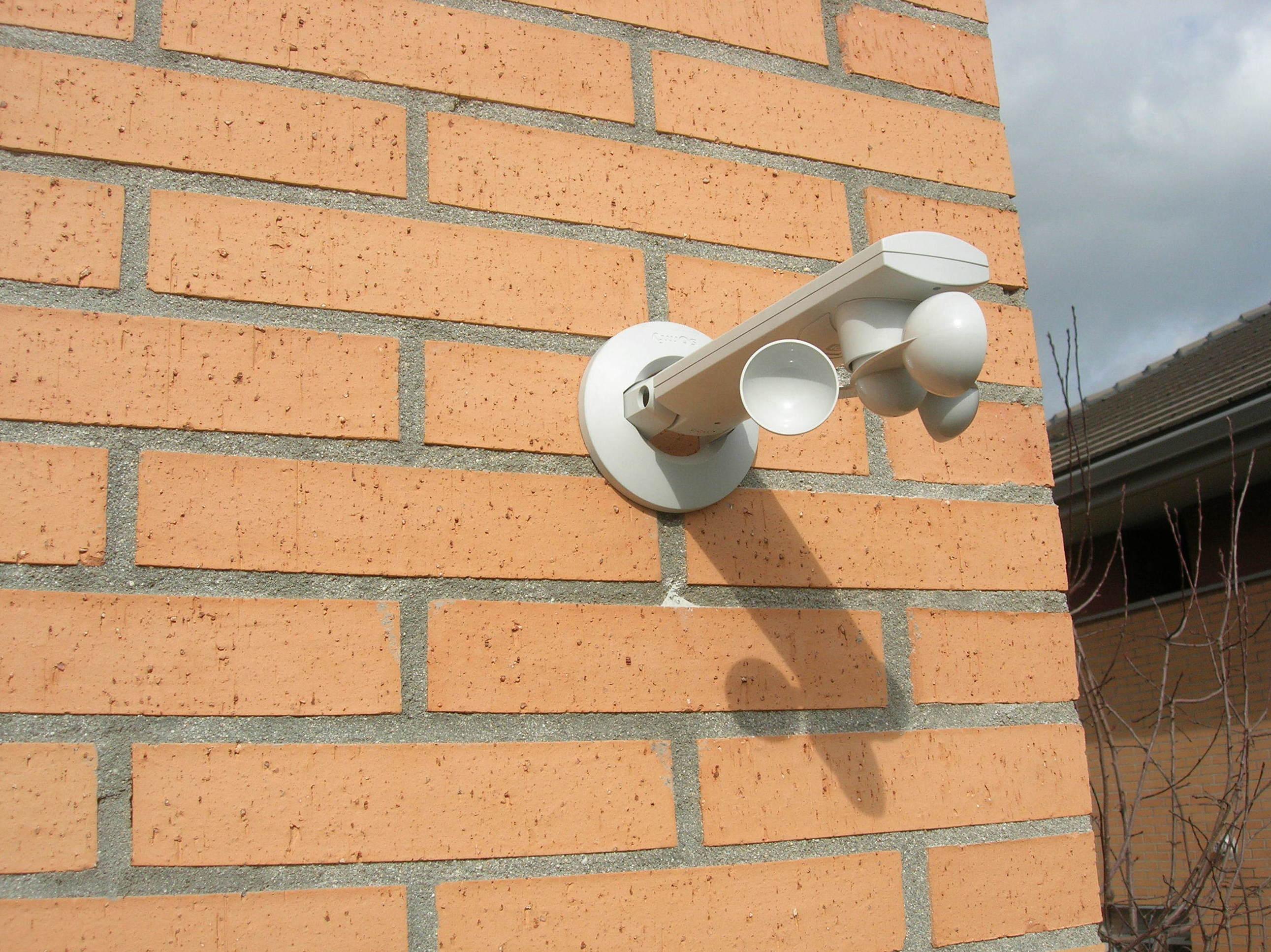 """Captor de viento Anemómetro inalámbrico de """"Somfy"""" con tecnología IO"""