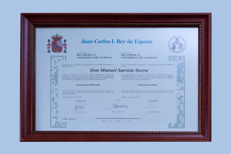 Diploma universitario Cases de Dret Torrent
