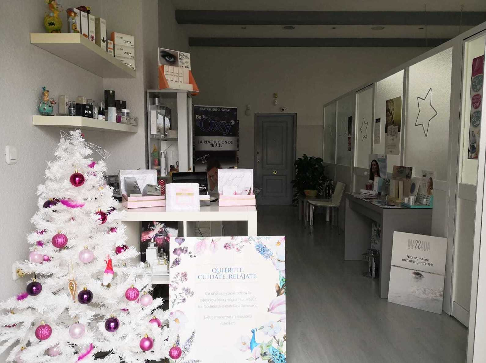 Centro de Estética Vanessa os desea feliz Navidad