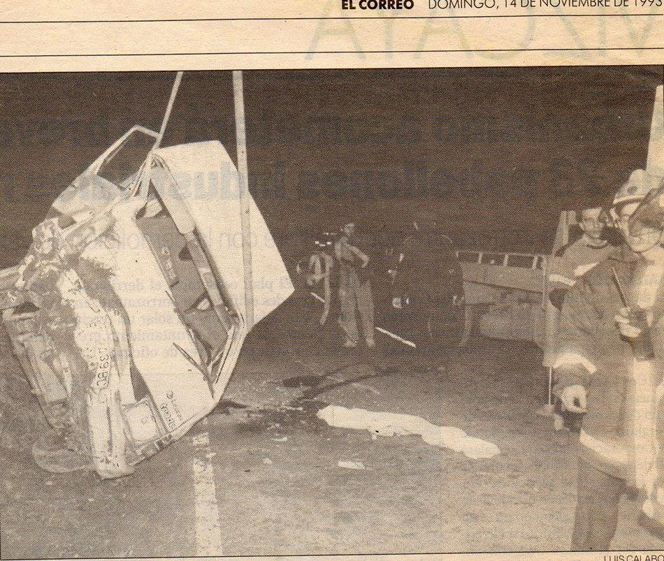 Rescate vehiculo volcado / año 1993